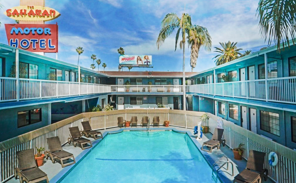 Staying at Saharan Motor Hotel in Hollywood, Los Angeles