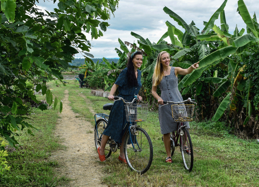 Eco friendly Thailand: a cycling trip of Chiang Mai rural areas with a local