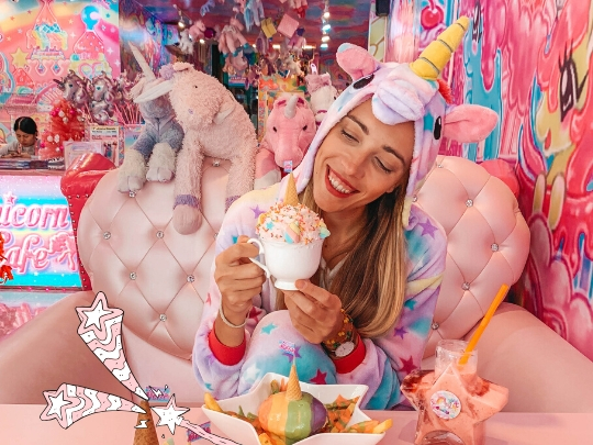 Bangkok's most colorful foodie experience: the UNICORN CAFE